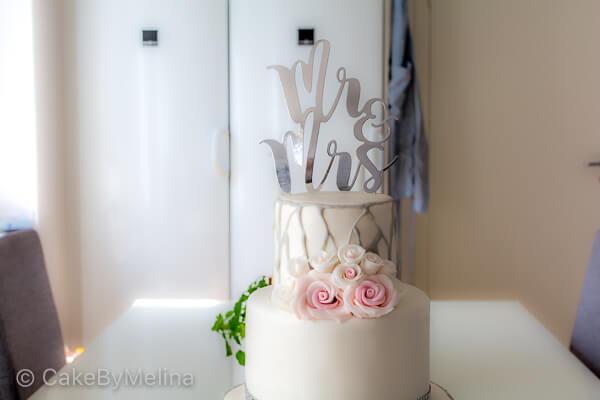 Bröllopstårta Norrköping, Linköping, Stockholm, Nyköping, Finspång som är bakad av CakeByMelina