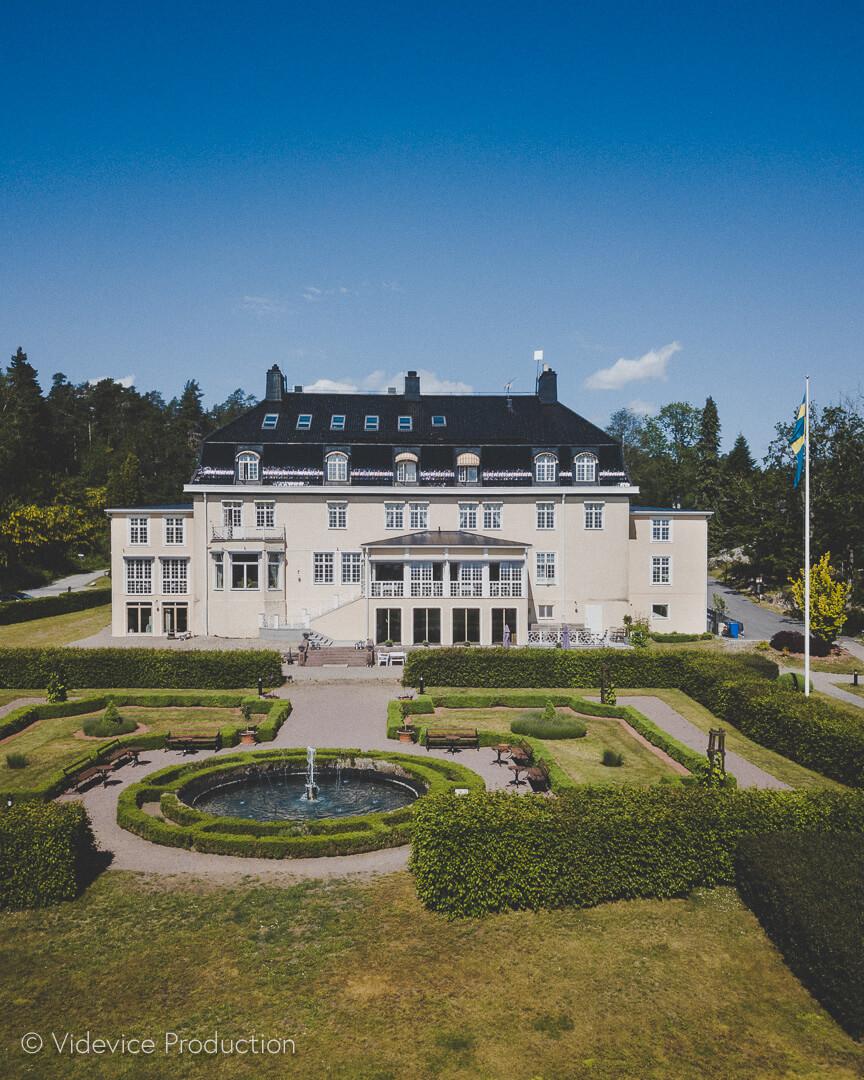 Vackra Villa Fridhem som ligger i Åby Norrköping. Foto av Videvice Production