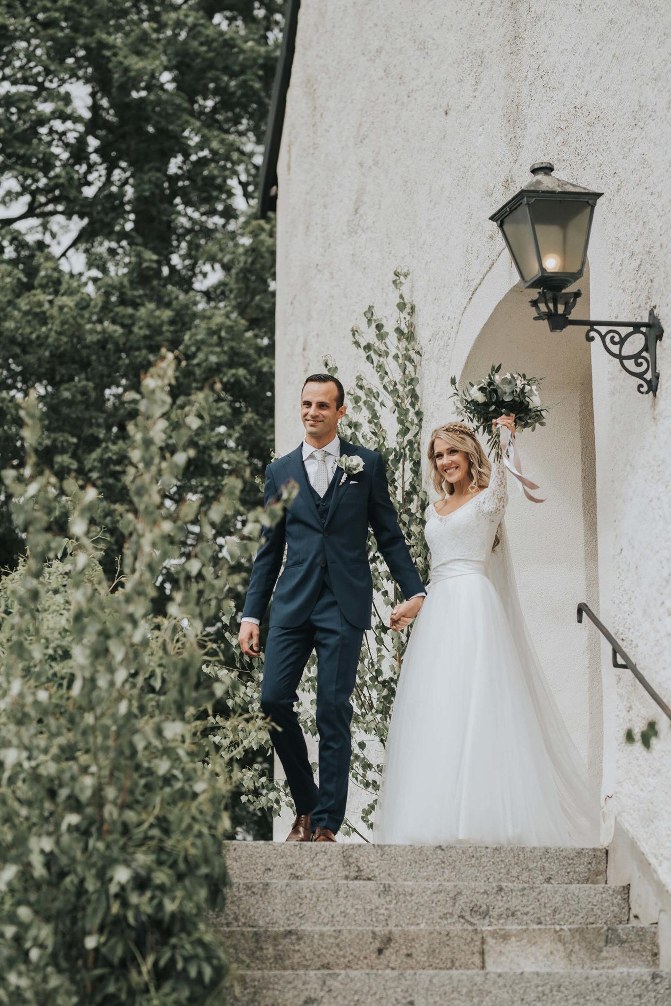 Bröllopspar från Stockholm som gifte sig i Nyköping och valde sin tårta från CakeByMelina i Norrköping