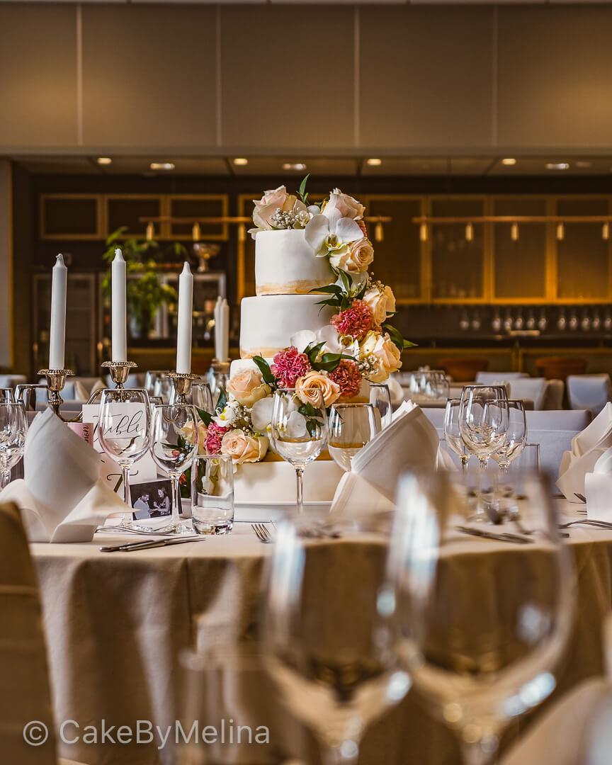 Bröllopstårta Norrköping, Linköping, Stockholm, Nyköping, Finspång, bakad av CakeByMelina