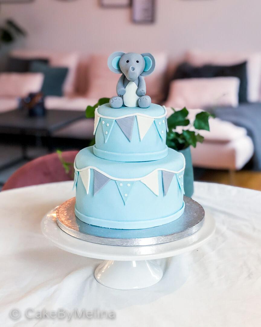 Babyshower tårta Norrköping, Linköping, Stockholm, Nyköping, Finspång som är bakad av CakeByMelina